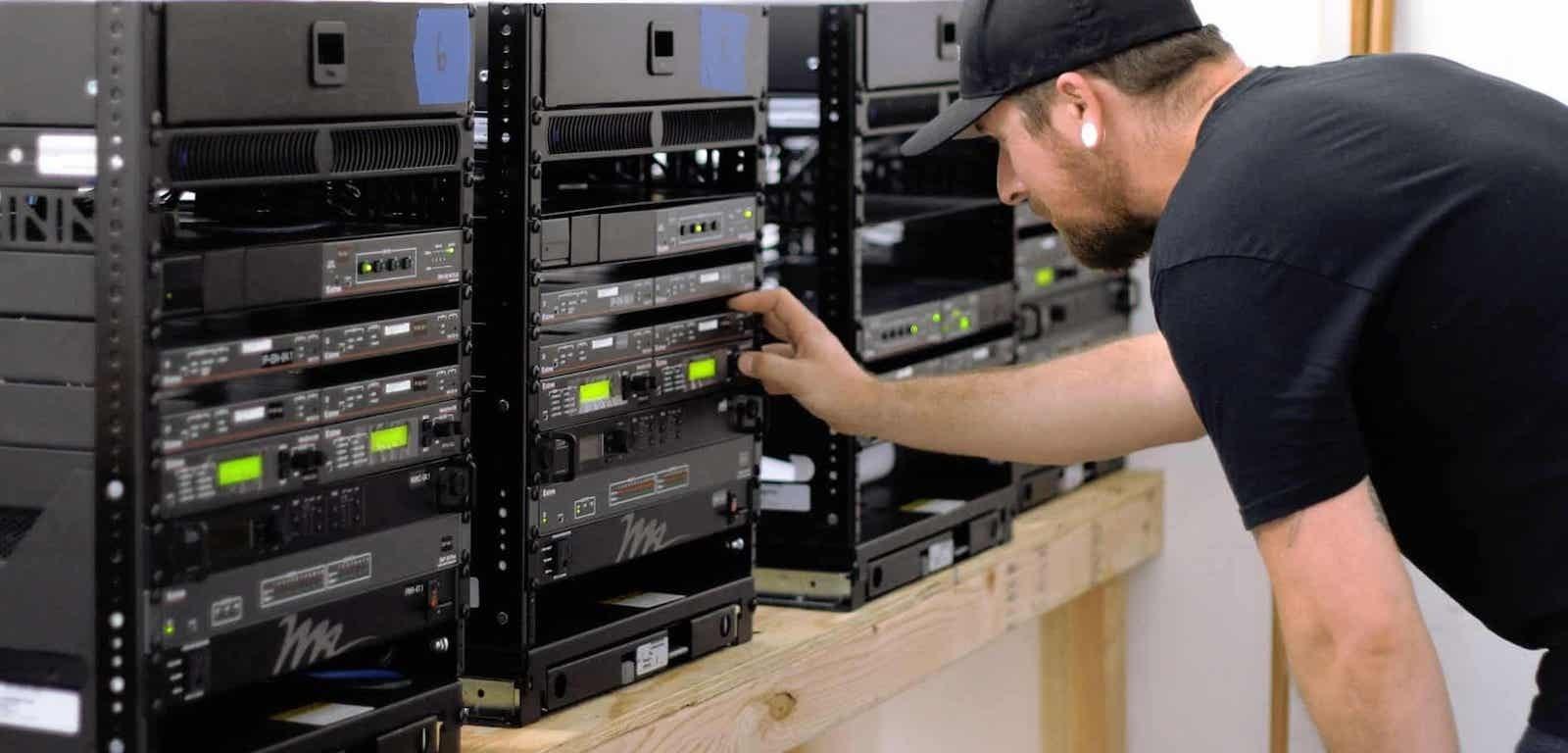 Improve Your Bottom Line by Using an MSP Provider for AV Technology